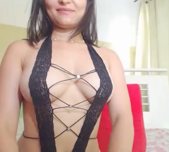 latina_babe_cams